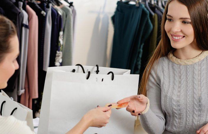 Frauen im Laden